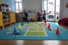 Dzień z życia plastusiowego przedszkolaka - Jeżyki